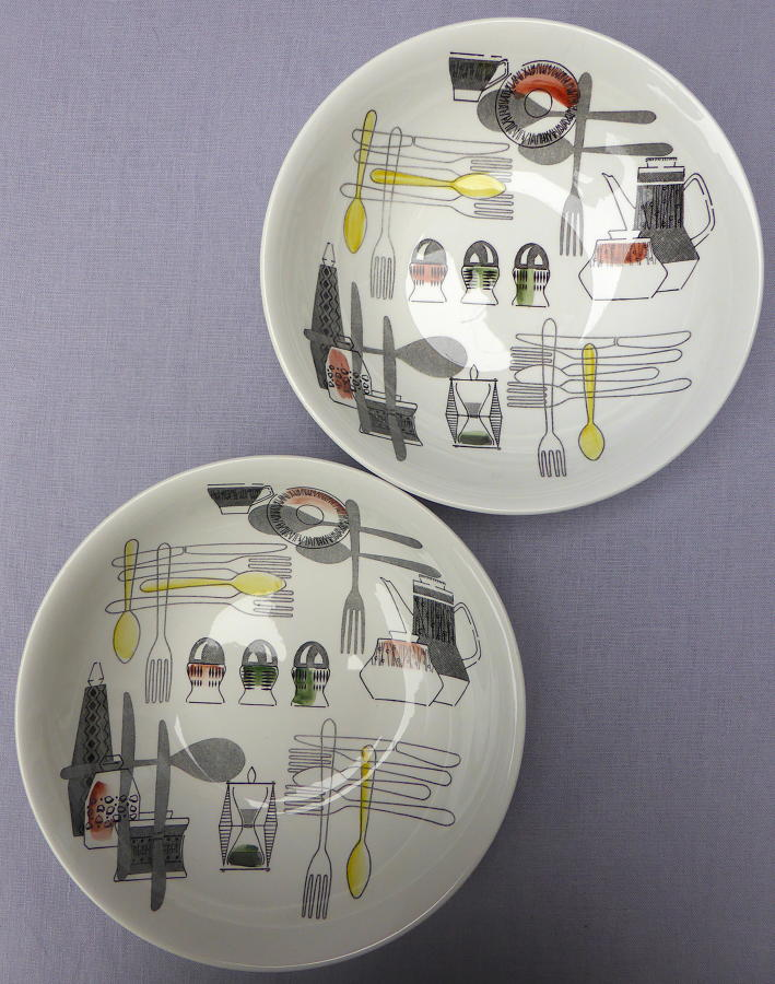 Pair of Barker Brothers Fiesta serving bowls
