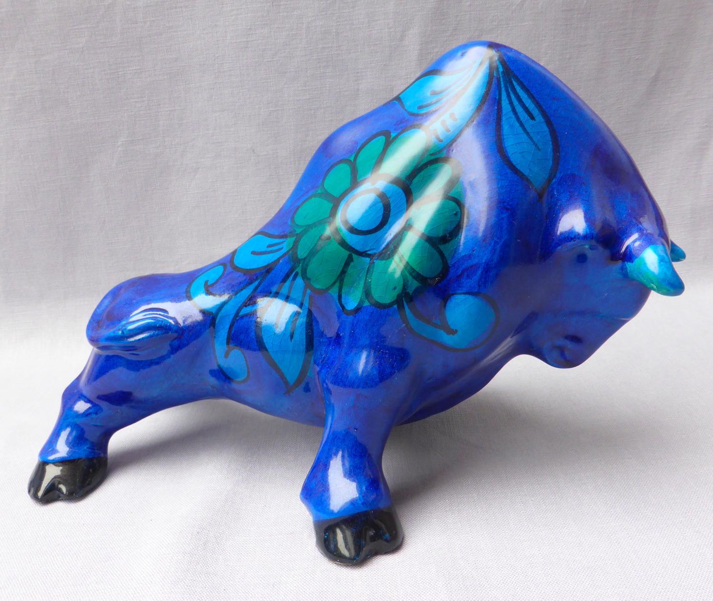 Magnificent Bellini Raymor ceramic bull 1960s Italian