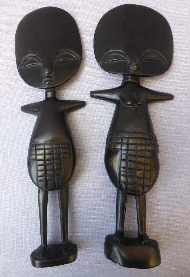 Pair of Ghanaian Ashanti twin Akuaba fertility dolls mid 20thC