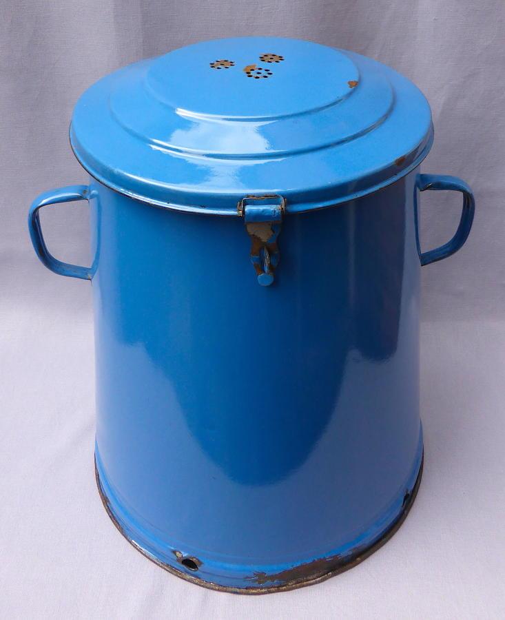 Large Hungarian Budafok enamel ware storage bin 1940s