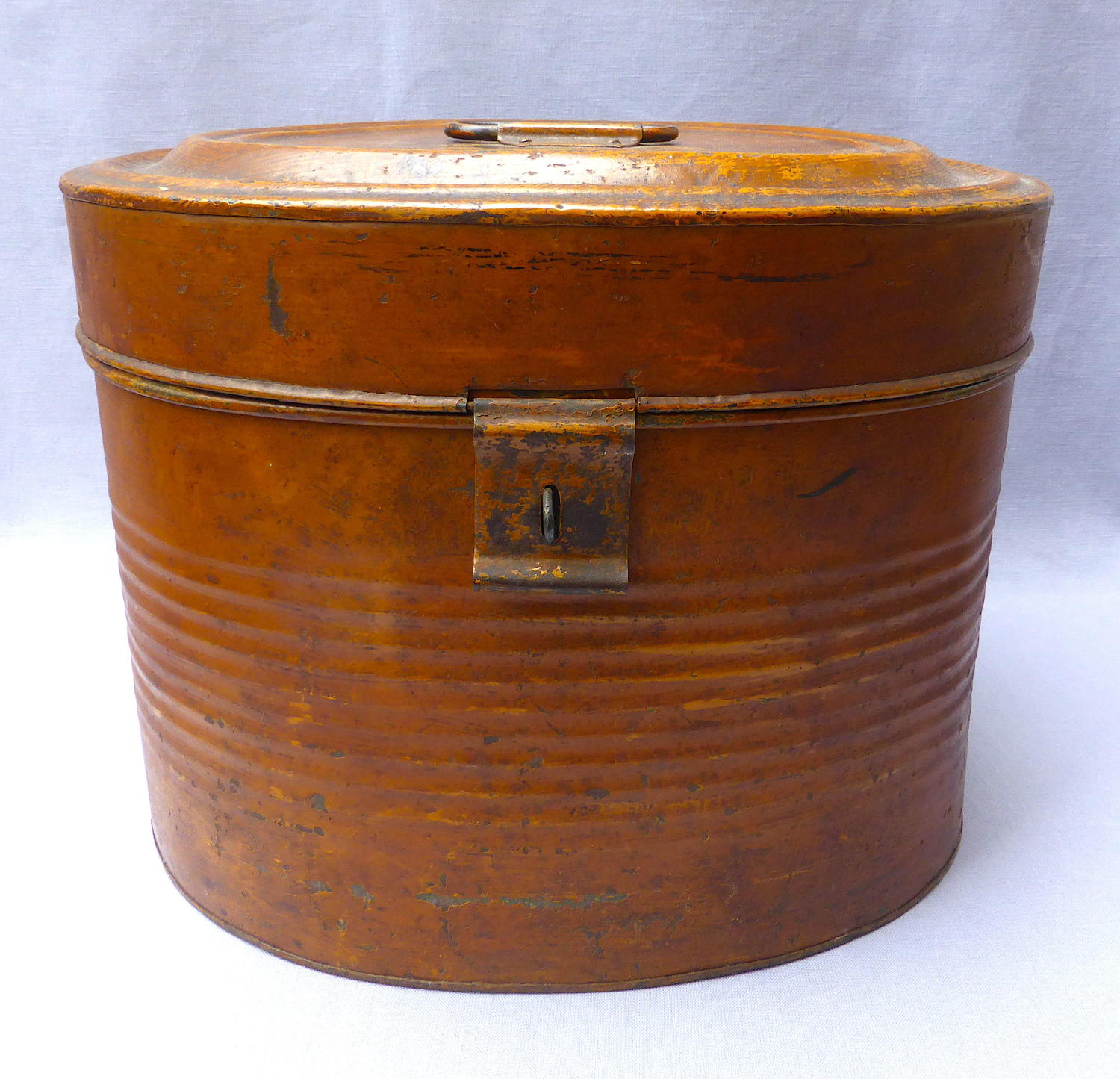 Victorian scumble glazed tin hatbox