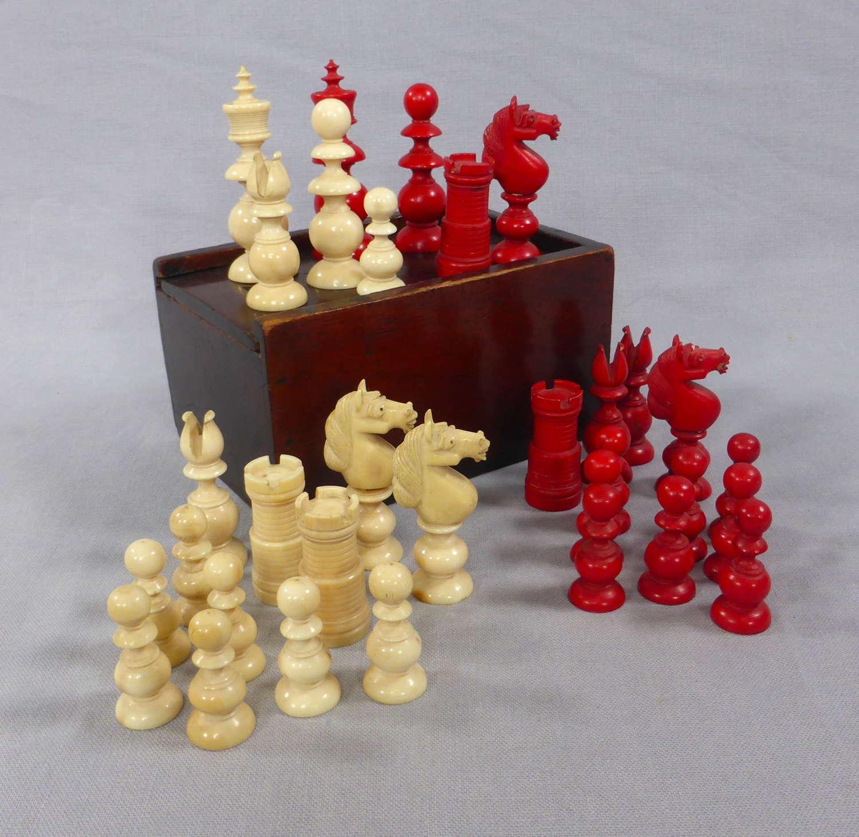Ivory St. George Pattern Chess Set in Mahogany Box